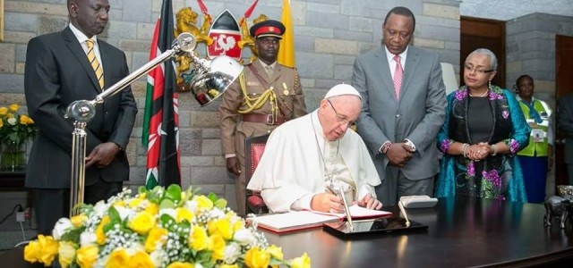 Address of His Holiness Pope Francis during the Ecumenical and Interreligious Meeting at the Apostolic Nunciature, Nairobi on Thursday 26 November 2015 Dear Friends, I am grateful for your presence […]
