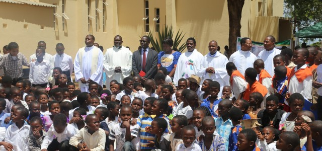 Prominent Lawyer Gustavo Kaliwo who is a parent and member of the Catholic Church at Saint Anthony, Thondwe Parish in the diocese of Zomba has challenged fellow parents in the […]